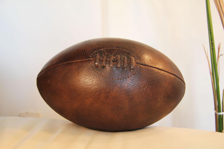 Ballon de rugby vintage peche et sac a dos - Ballon de rugby vintage ...