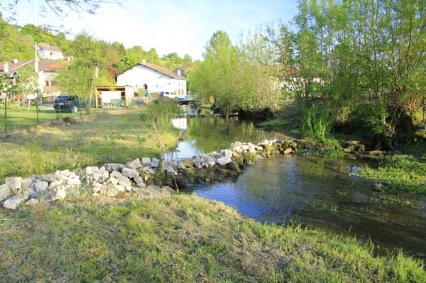 Partie Amont de l'Osne qui coule dans le village