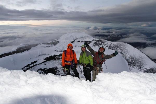 au sommet du cotopaxi (5897m) - Equateur