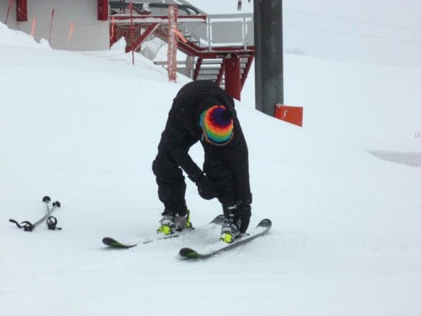 ski-de-poudreuse-Rossignol