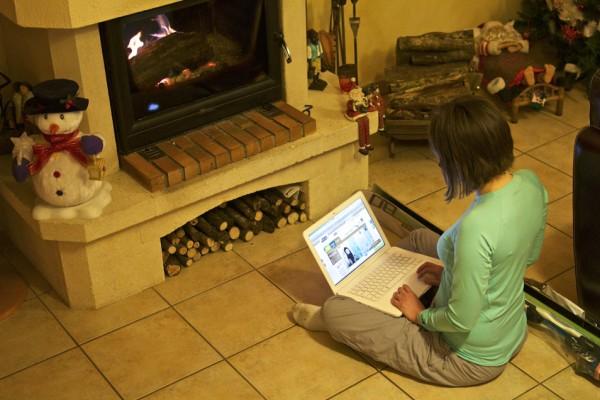 Où acheter ses skis sur internet devant la cheminée