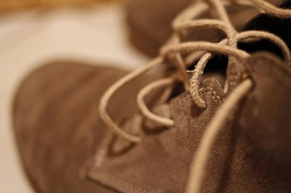 Usure lacets 2 des chaussures FLOW MID NEWFEEL Décathlon