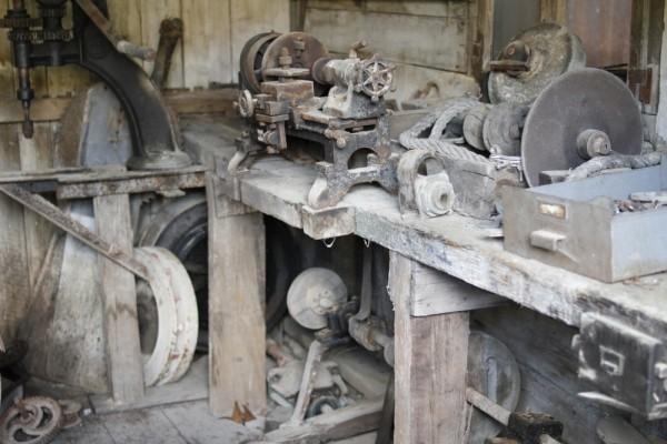 Les vieux ateliers à Azannes