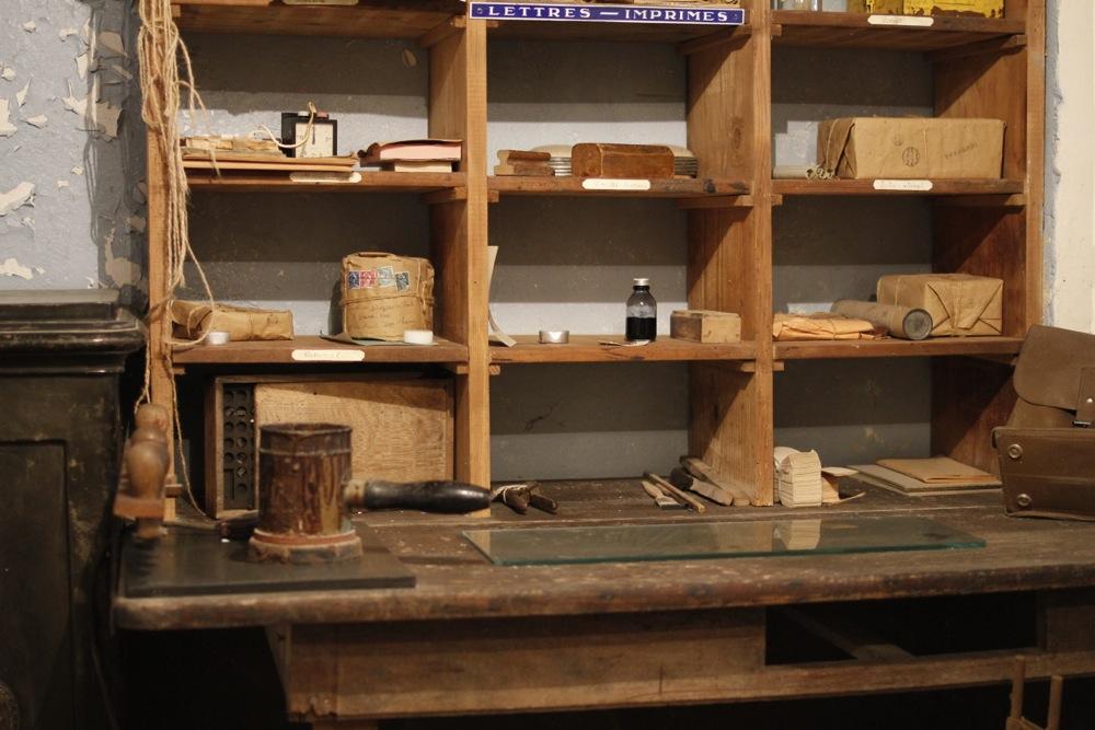 ancien bureau de poste azannes en meuse peche et sac a dos. Black Bedroom Furniture Sets. Home Design Ideas