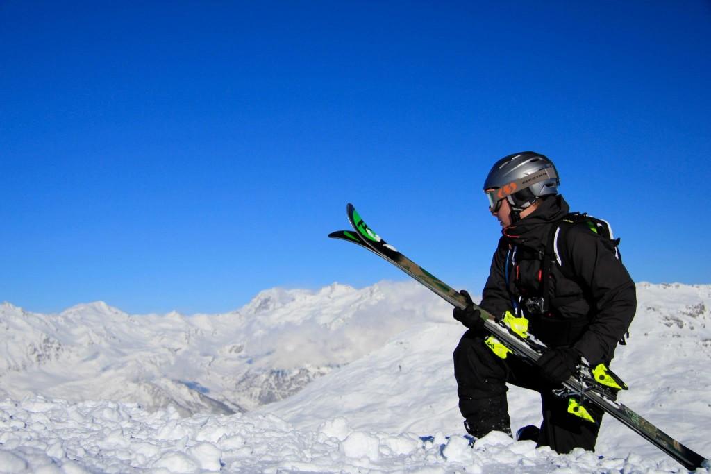 Il existe des skis polyvalents mais ne négligez pas ce qu'ils ont dans le ventre