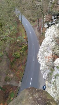 Vue d'une falaise entre Echternach et Berdorf