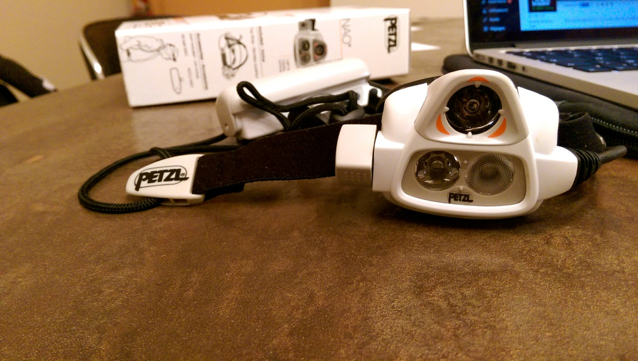 Nouvelle frontale Petzl NAO 2