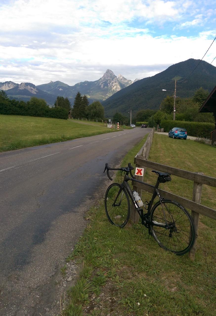 Une semaine avec le VTT et une semaine avec le vélo de route