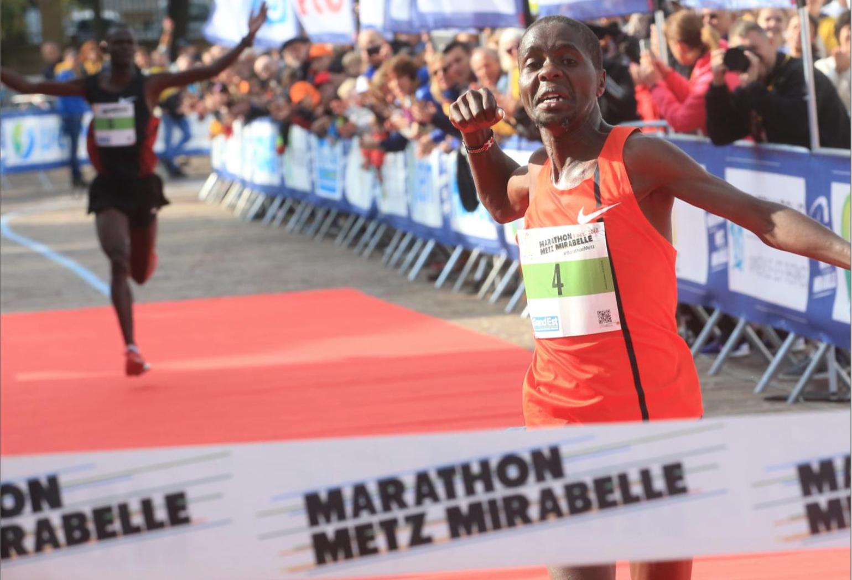 """Eliud Magut, le Kénian a été plus rapide que moi et gagne en 2h11'43"""""""